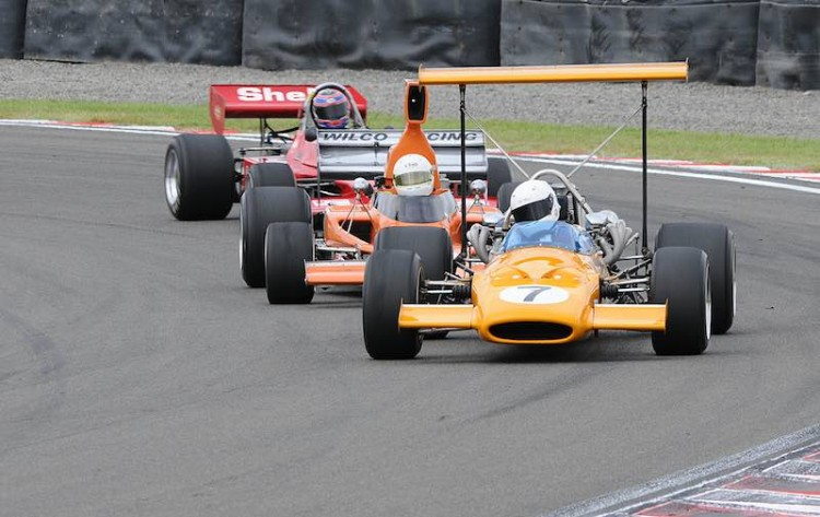 Tony Roberts' McLaren M10A leading Lola T330 of Brett Willis and Aaron Burson's Talon MR1A