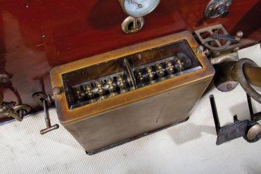 1905 FIAT 60HP Five-Passenger Detail Gear