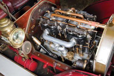 1905 FIAT 60HP Five-Passenger Engine