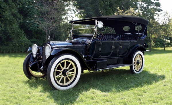 <strong>1915 Packard 1-35 Twin Six Seven-Passenger Touring – Estimate $400,000 - $500,000.</strong> Formerly owned by racing legend Phil Hill; original engine, body and chassis; won Best in Class at 2009 Greenwich Concours for Most Outstanding Vintage Automobile.