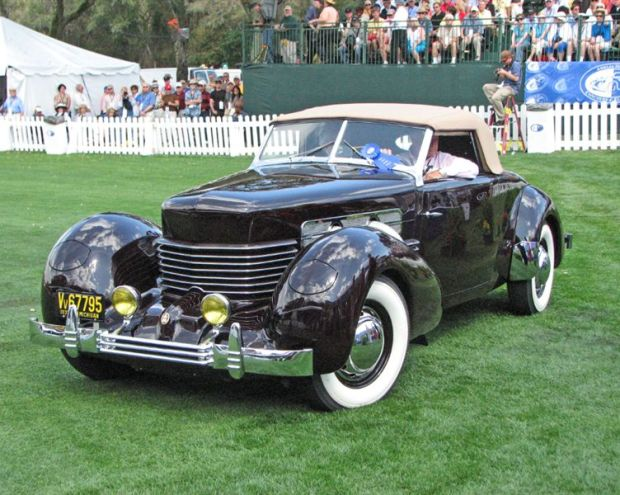 1937 Cord 812 SC Convertible Coupe