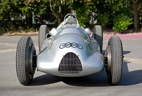 <strong>1939 Auto Union 3-liter 'D-Type' V12 Grand Prix Racing Single Seater – Estimate $8,000,000 - $10,000,000. </strong>Ex-works, Hans Stuck and Rudolf Hasse; finished fifth in the 1939 German EifelRennen event on the North Circuit of the Nürburgring and sixth in the Grand Prix de l'Automobile Club de France around the public road course at Reims-Gueux.