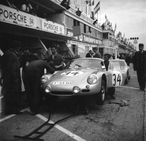 Le Mans 1962 - the Porsche 356 B 1600 GS Carrera GTL Abarth of Edgar Barth and Hans Herrmann won their class and ranked seventh overall