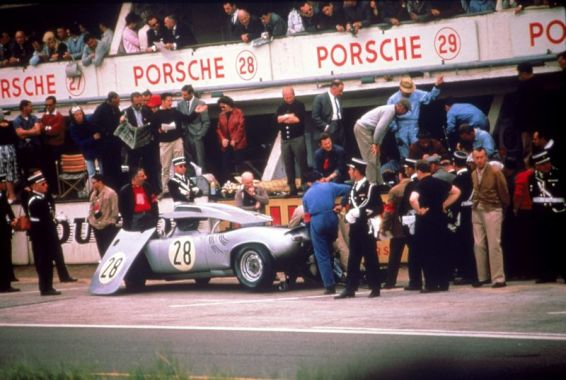 Porsche 718 W-RS Spyder of Edgar Barth and Herbert Linge