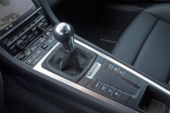 2014 Porsche Cayman S - Manual transmission