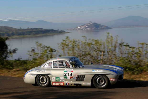 Mercedes-Benz 300SL of Pierre de Thoisy - La Carrera Panamericana