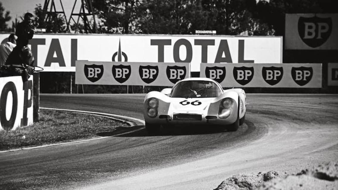 1968 Porsche 907 LH at Le Mans