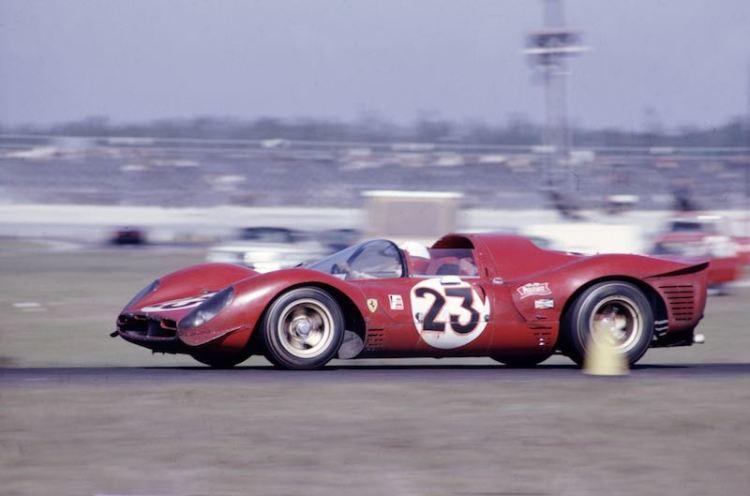 Ferrari 330 P 3/4 at Daytona Speedway