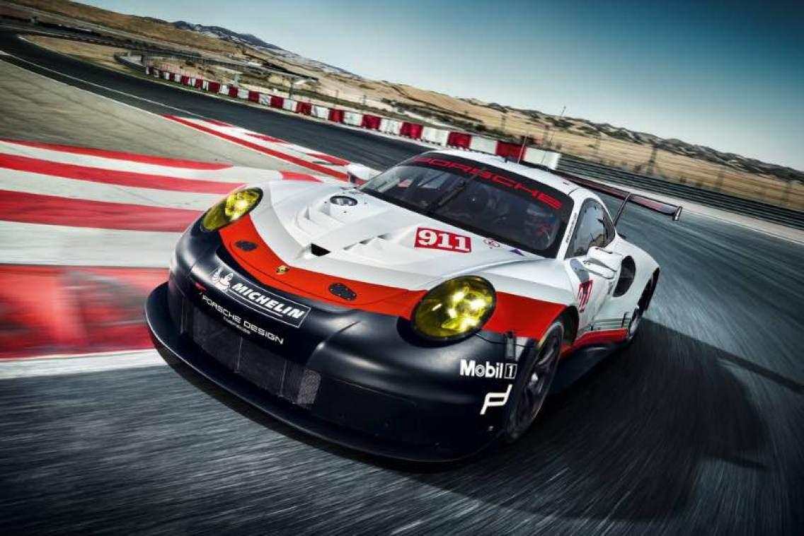 Porsche 911 RSR (991) 2017 model