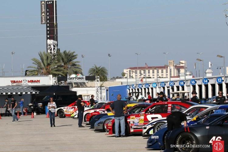 Pre-grid at Daytona