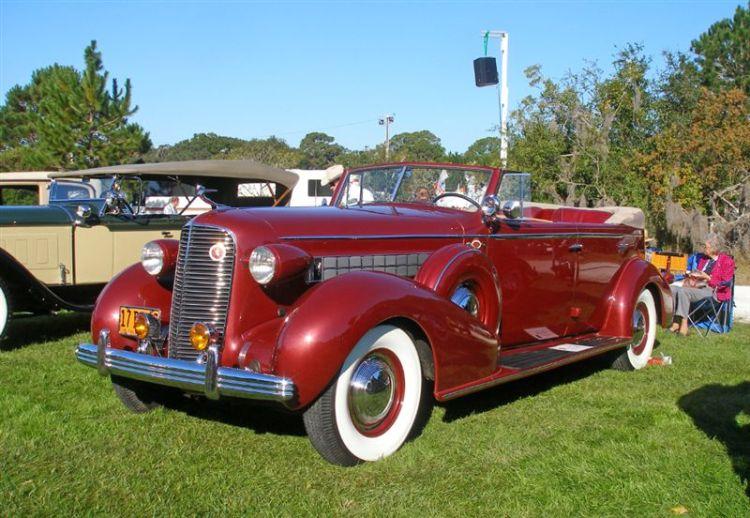 1936 Cadillac Series 85 Convertible Sedan
