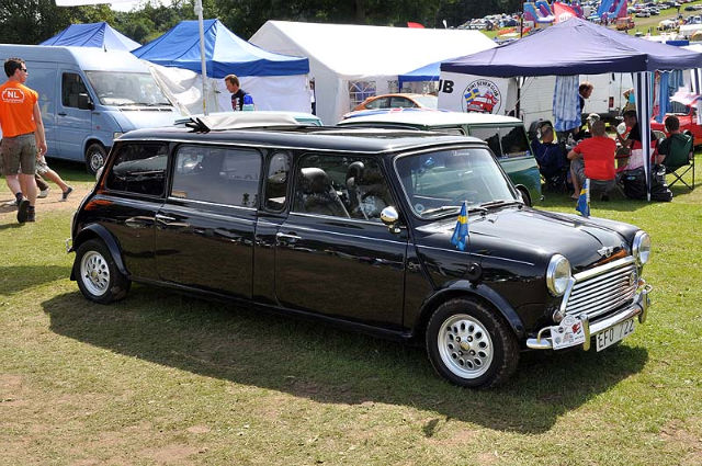 For some, the Mini is too small - Swedish Mini Limo