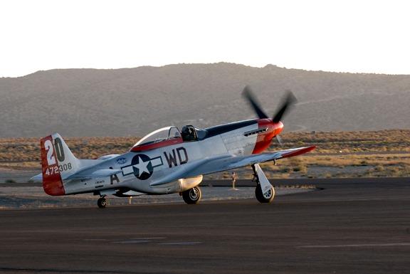 Dan Martin warms up Ridge Runner P-51D Mustang