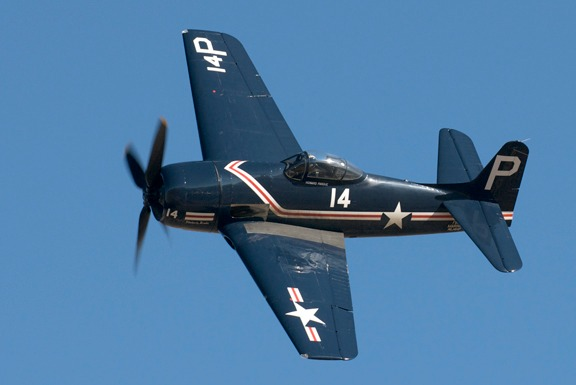 Howard Pardue in his F8F-1 Bearcat above pylon 4 in Sunday's Gold Race