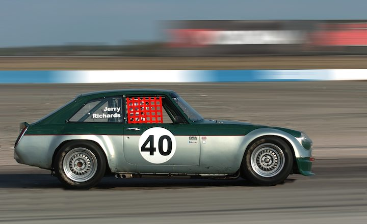 MGB GT V8, Jerry Richards