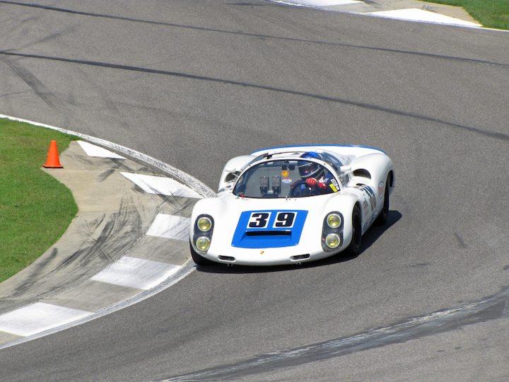Porsche 910 - Howard Cherry