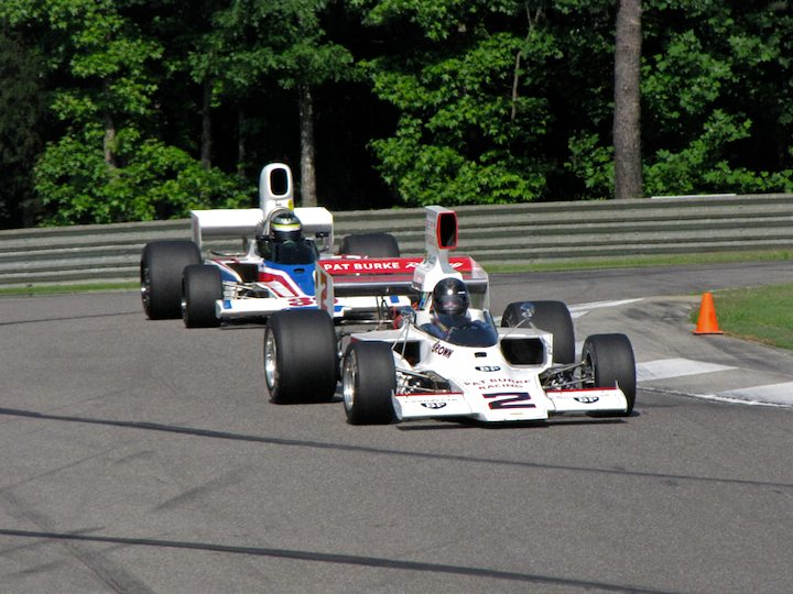 Lola T332 F5000 - Dudley Cunningham and Lola T332 F5000 - Tom Malloy
