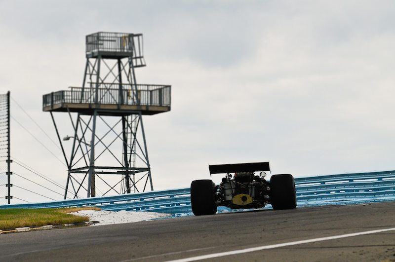 F5000 at the Top of the Esses