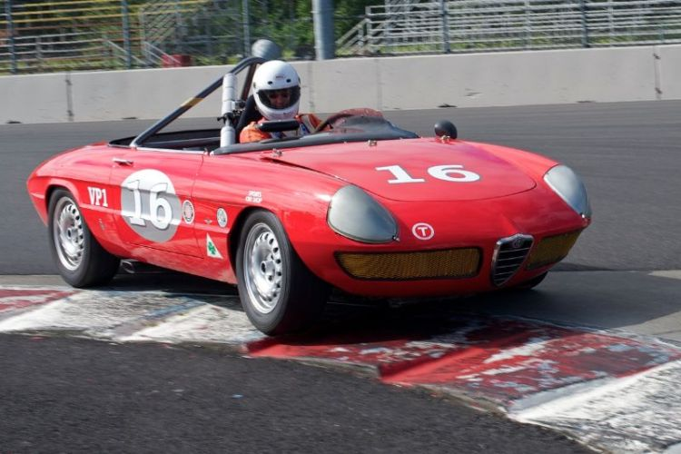 Alfa Romeo Duetta 1960cc of Robert Macherione.