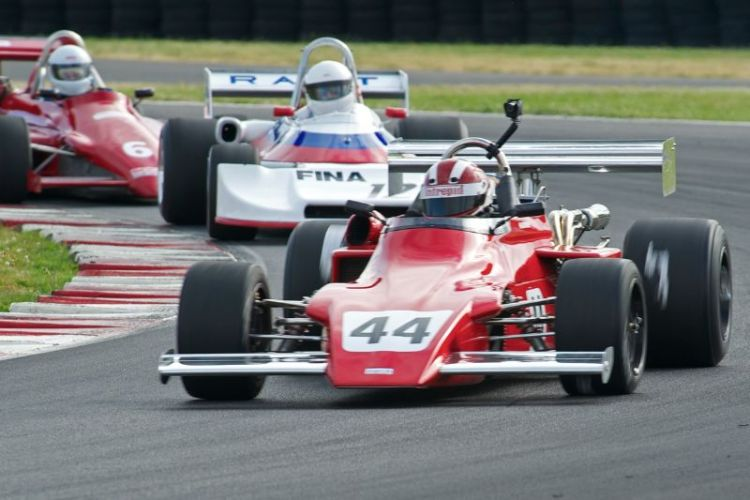 Bert Skidmore's 1972 March 722 leads Todd Smathers' Ralt RT1 and Chris Billings' Ralt RT5.