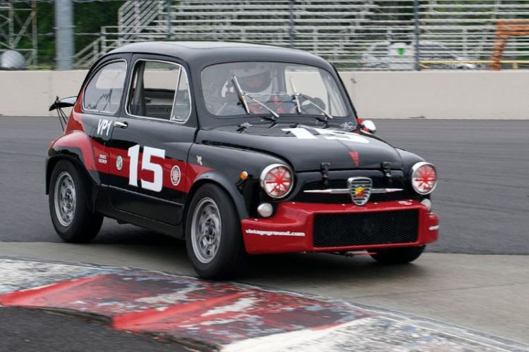 1050cc Fiat Abarth driven by Joseph Potter.