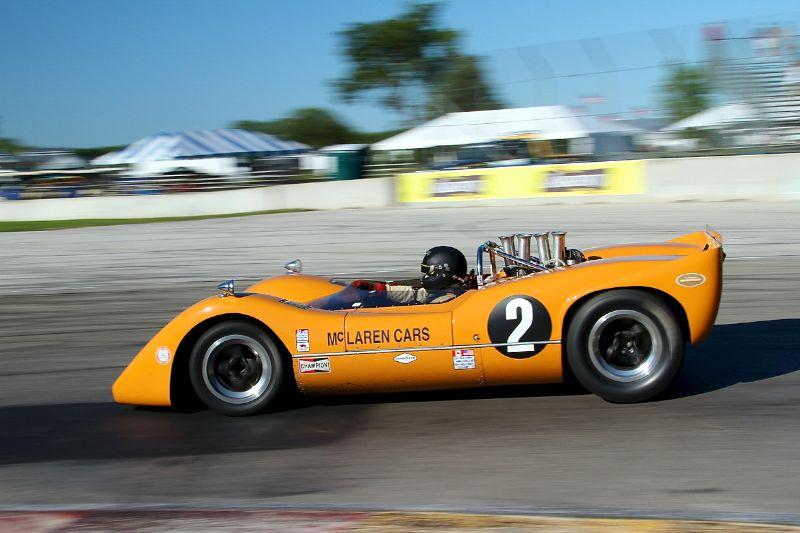 McLaren M6B - Robert Ryan