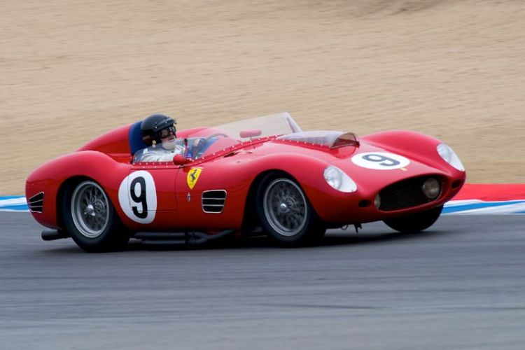 Ferrari TR59 driven by Bruce McCaw.
