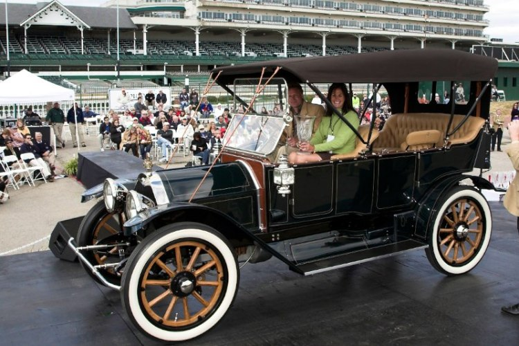 Antique to 1915 - 30 HP and above 1912 Abbott - Detroit '44 Raymond & Cinthia Reenders Grand Haven, MI