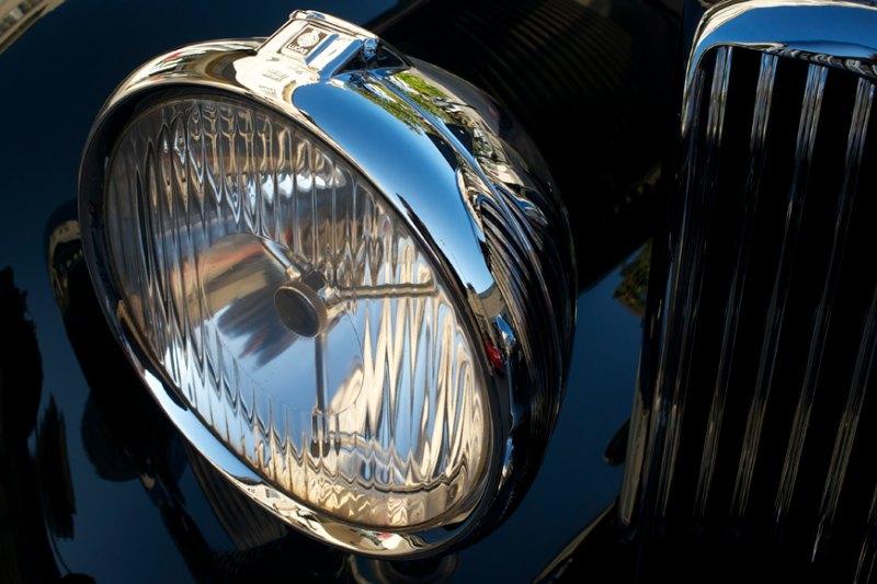 Lucas headlights on Bentley