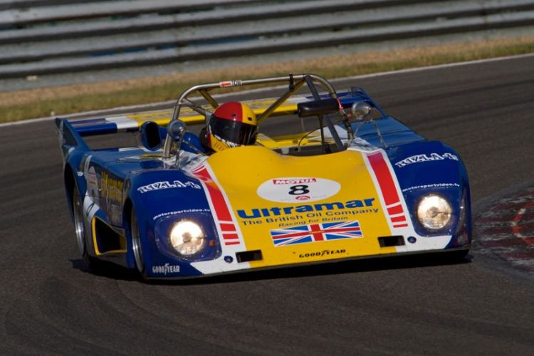 lola-t296-bdg_cer_kevin-wilkins-mike-catlow_spa-classic_110529_img_7263