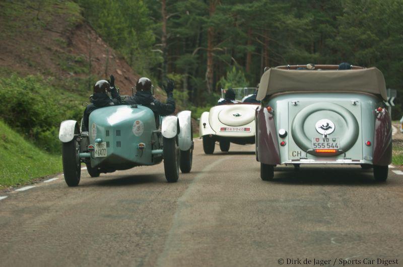 1928-bugatti-t35a-sn-4700-passing-1934-bugatti-t57-graber-cabriolet-sn-57483