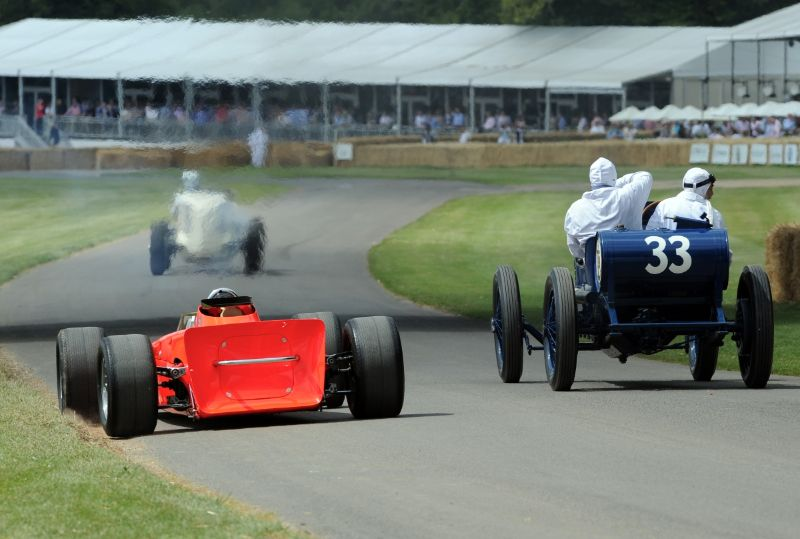 Lotus 56 Turbine (L) and 1919 Ballot Indianapolis