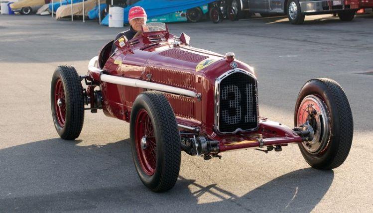 Peter Giddings warms up the Alfa Romeo Tipo B P3.