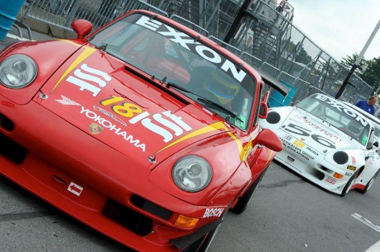 1994 Porsche 993 RSR, Mark Congeton and Grteg Frese 1995 Porsche 911.