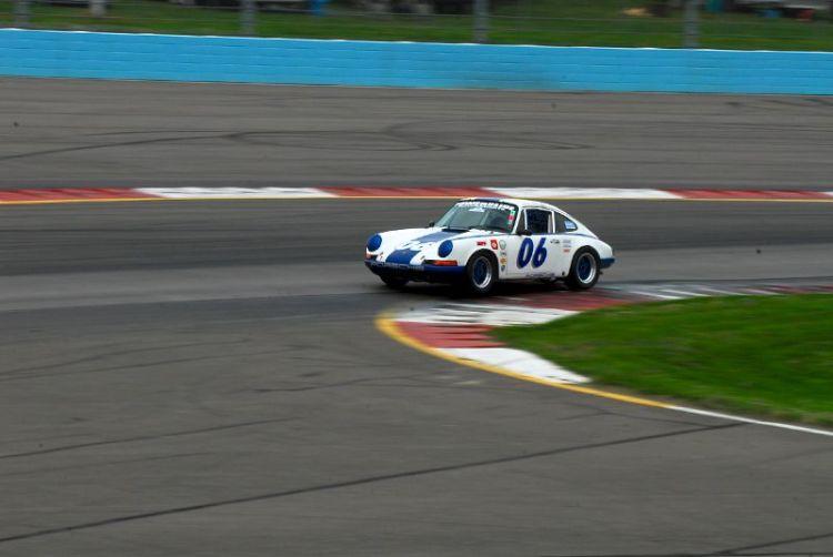 1969 Porsche 911- Skott Burkland.