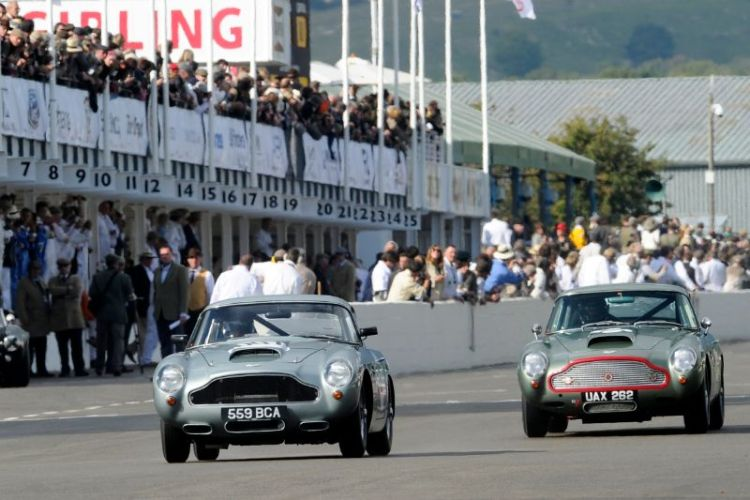 1960 Aston Martin DB4GT - Paul Drayson and Darren Turner and 1960 Aston Martin DB4GT - Tiff Needell and Tarek Mahmoud