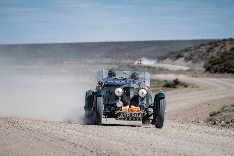 Car 11 Nigel Dowding(GB) / Mary Antcliff(GB)1934 - Aston Martin MkII, Rally of the Incas 2016