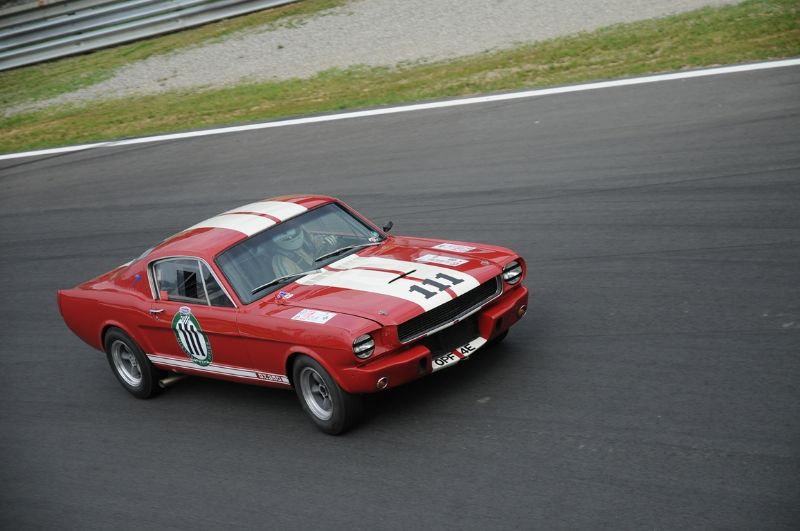 131-shelby-mustang-gt-350