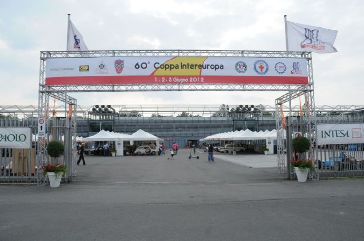 143-paddock-entrance
