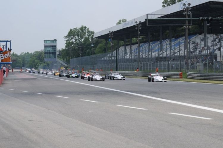 30-formula-3-start