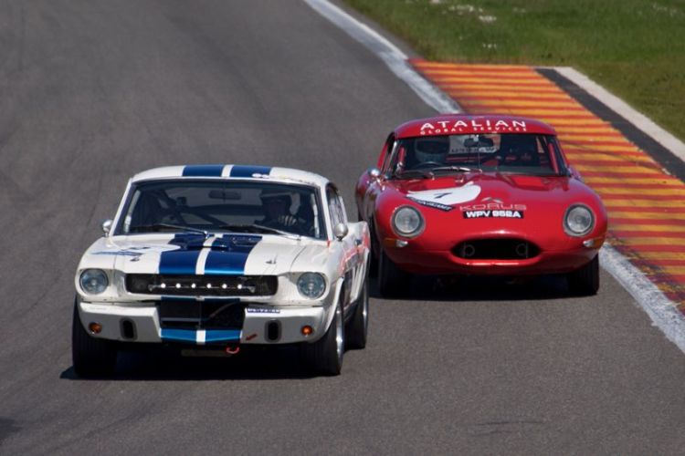 Ford Shelby Mustang GT 350