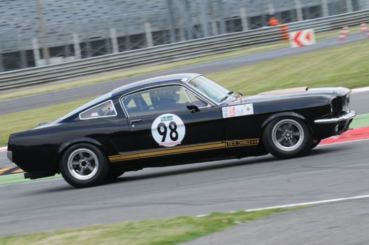 88-shelby-mustang-gt-350