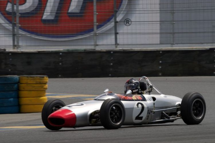 Art Heberts Lola Mk5A F-jr in turn eleven.