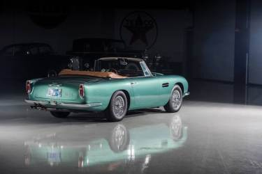 1966 Aston Martin 'Short-Chassis' Volante (photo: Darin Schnabel)