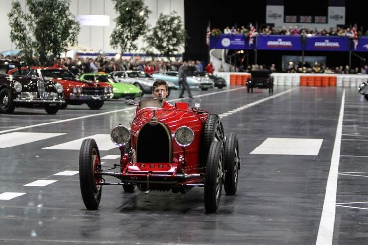 Bugatti on the Grand Avenue