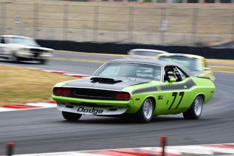 Kelly Ann Hampton pilots the 1970 Dodge T/A Challenger at Portland Historic Races 2015