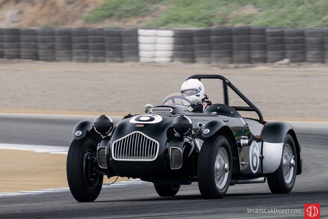Vincent Vento's 1952 Allard J2X exits turn three.
