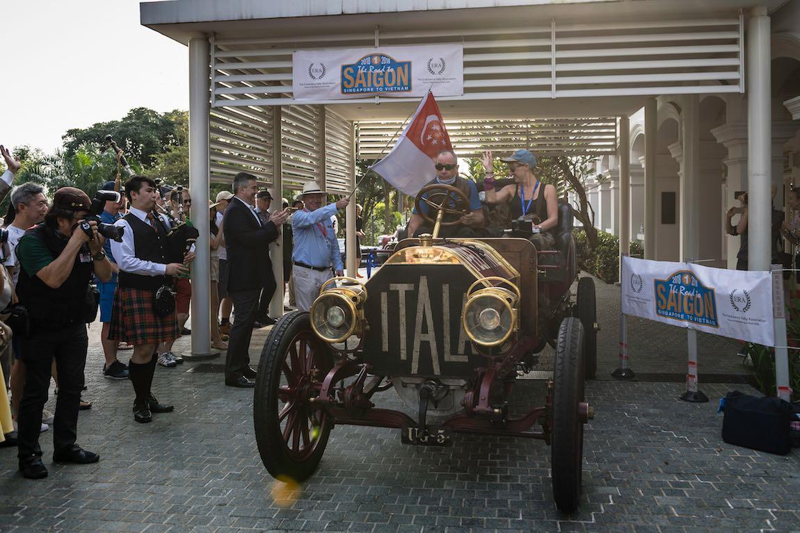 Car 01. David Ayre (GB) / Karen Ayre (GB) 1907 Itala 40
