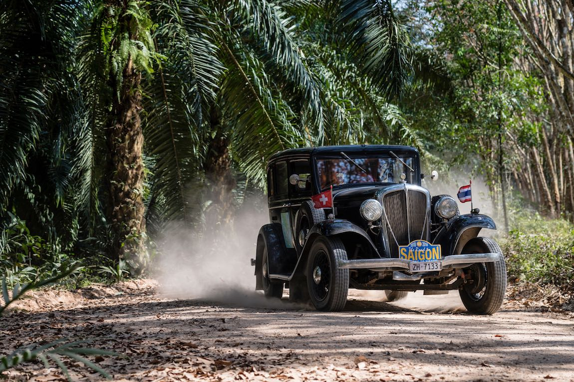 Car 03. Manuel Dubs(CH) / Irene Dubs(CH) 1932 Rockne Six 75