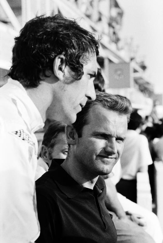 Ferdinand Piëch (right) and Vic Elford (left) at Le Mans in 1969.